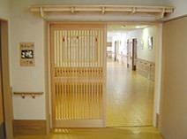 介護老人保健施設南方ナーシングホーム翔裕園(介護職/ヘルパーの求人)の写真1枚目:登米市南方町にある介護老人保健施設です。