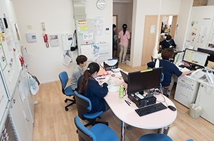 定期巡回随時対応型訪問介護看護事業所なのはなの画像