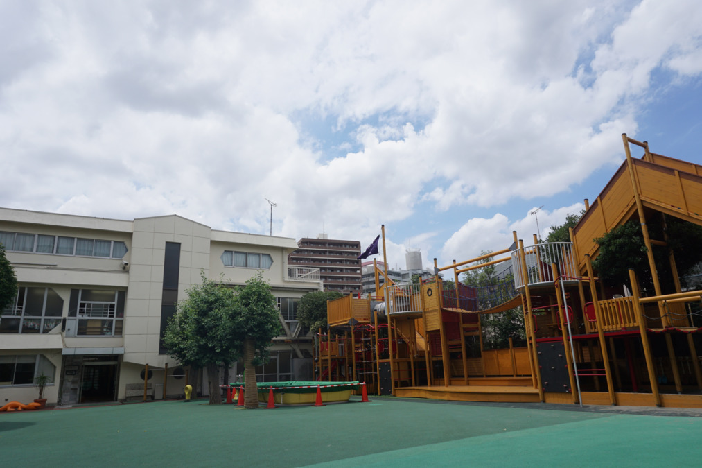 伸びる会幼稚園の画像