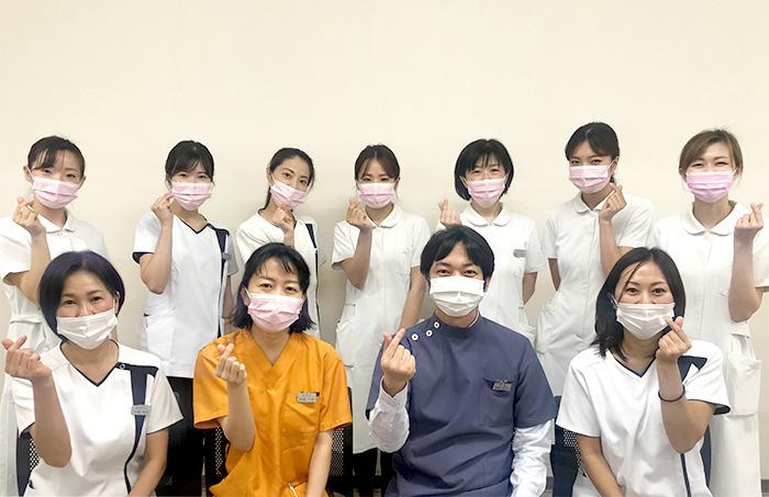 神谷歯科医院(歯科医師の求人)の写真1枚目:スタッフも自分の能力を発揮しやすく仕事のしやすいアットホームな雰囲気の医院です。