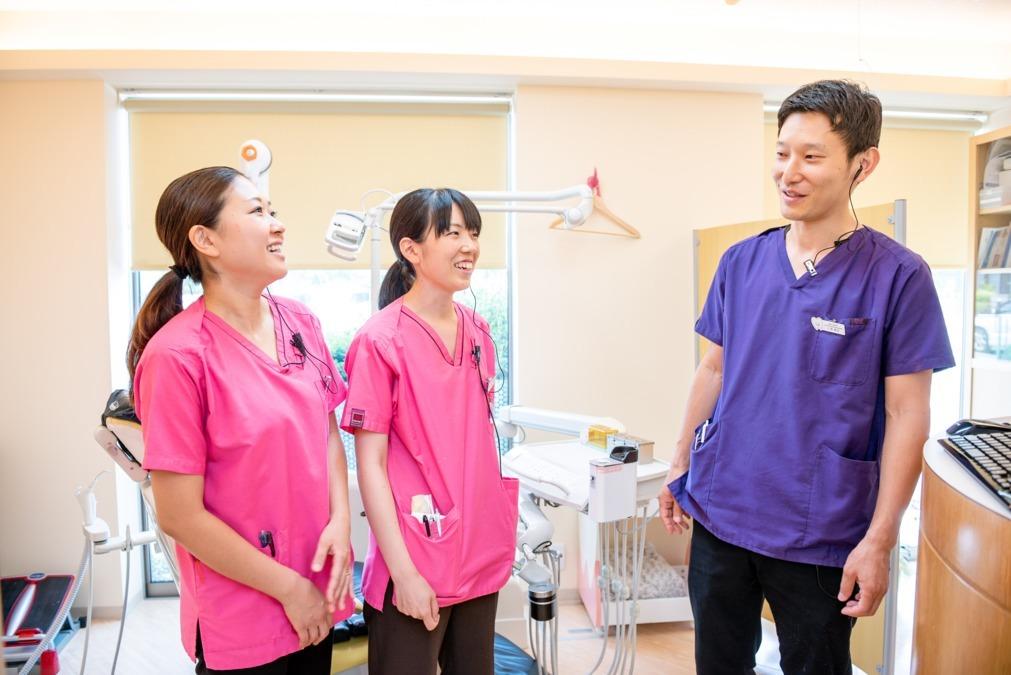 医療法人社団 青慈会 原田歯科クリニック(歯科衛生士の求人)の写真:【優しいスタッフ】ドクター、衛生士、助手、保育士、全てのスタッフが情報を共有