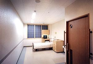 介護老人保健施設コミュニティホーム八雲(理学療法士の求人)の写真4枚目:個室タイプの療養室