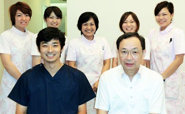 医療法人社団岡田歯科の写真1枚目:スタッフ同士の仲が良く、笑顔で楽しく働ける環境です