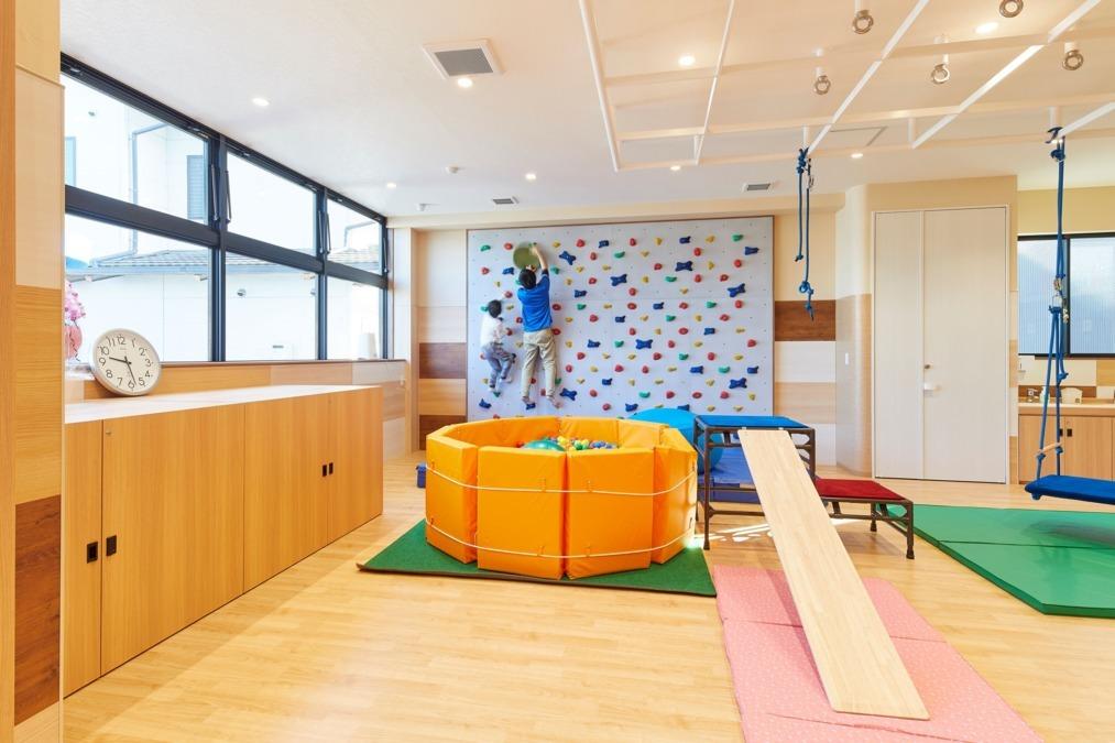 発達支援リハスタジオ ハッピーリング西ノ京(保育士の求人)の写真: