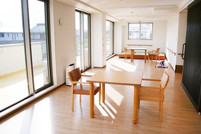 タック目川・サービス付き高齢者向け住宅の画像