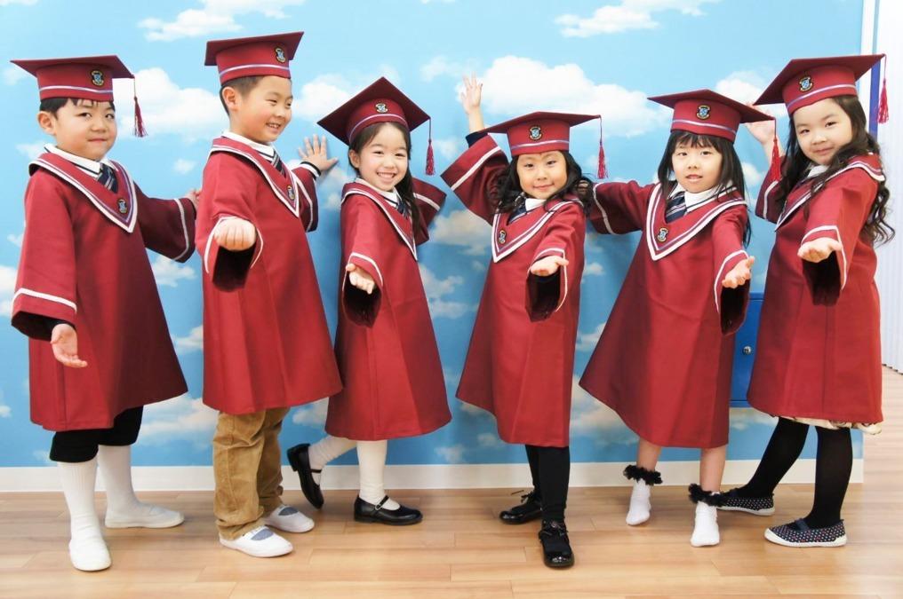 MilkyWay International School 本八幡本校(保育士の求人)の写真2枚目:子どもたちが英語を通じて、遊び、考え、学ぶことで、将来の成長を促します!