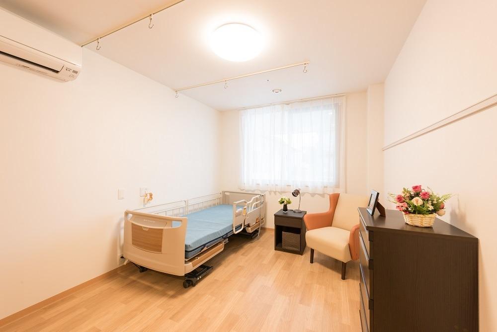 介護付有料老人ホーム あいらの杜 横浜国立大前【2018年11月01日オープン】(管理職(介護)の求人)の写真3枚目:居室数は50室で全室個室となっています。