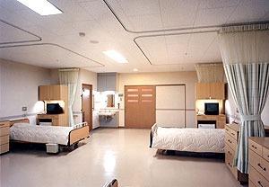 介護老人保健施設コミュニティホーム八雲(理学療法士の求人)の写真5枚目:4人用の療養室