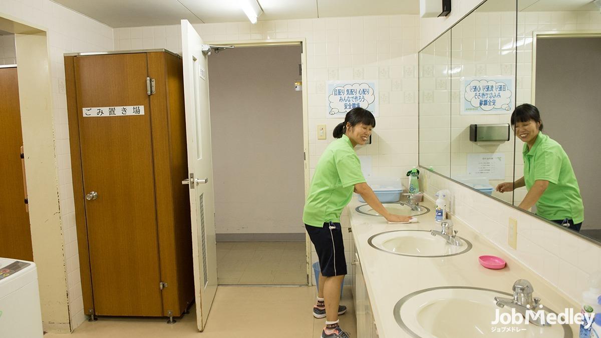 エルダーホーム松戸の写真4枚目:スタッフ全員が笑顔で働ける場所を目指します