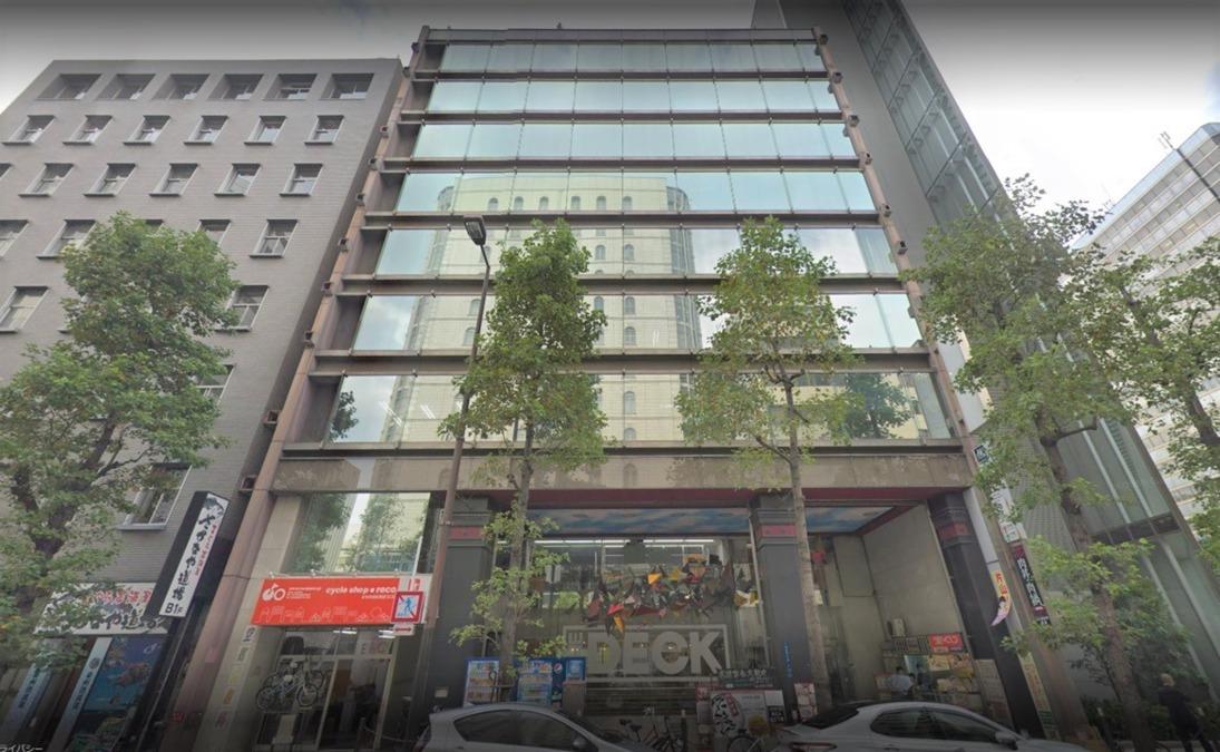 株式会社Regista Partners(本社)の写真1枚目:本社の外観、堺筋本町駅から直結のビル9Fです。
