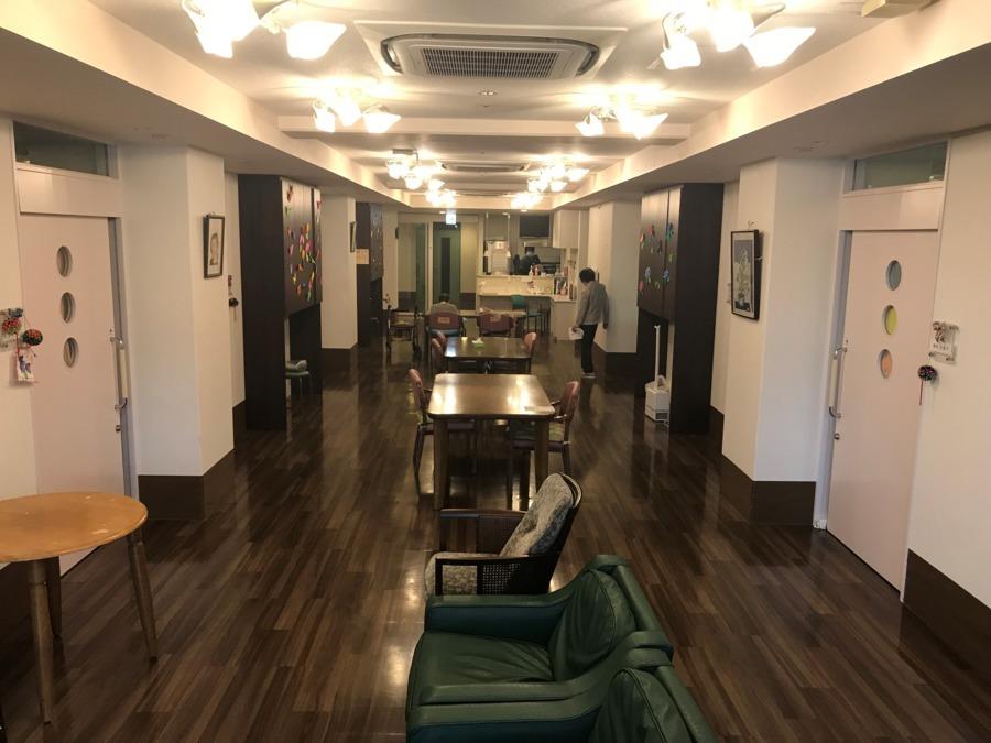 ケアハウスカトレア神戸(看護師/准看護師の求人)の写真:共有スペースです!(^^)!ここで、おやつ作り等楽しんでます♪
