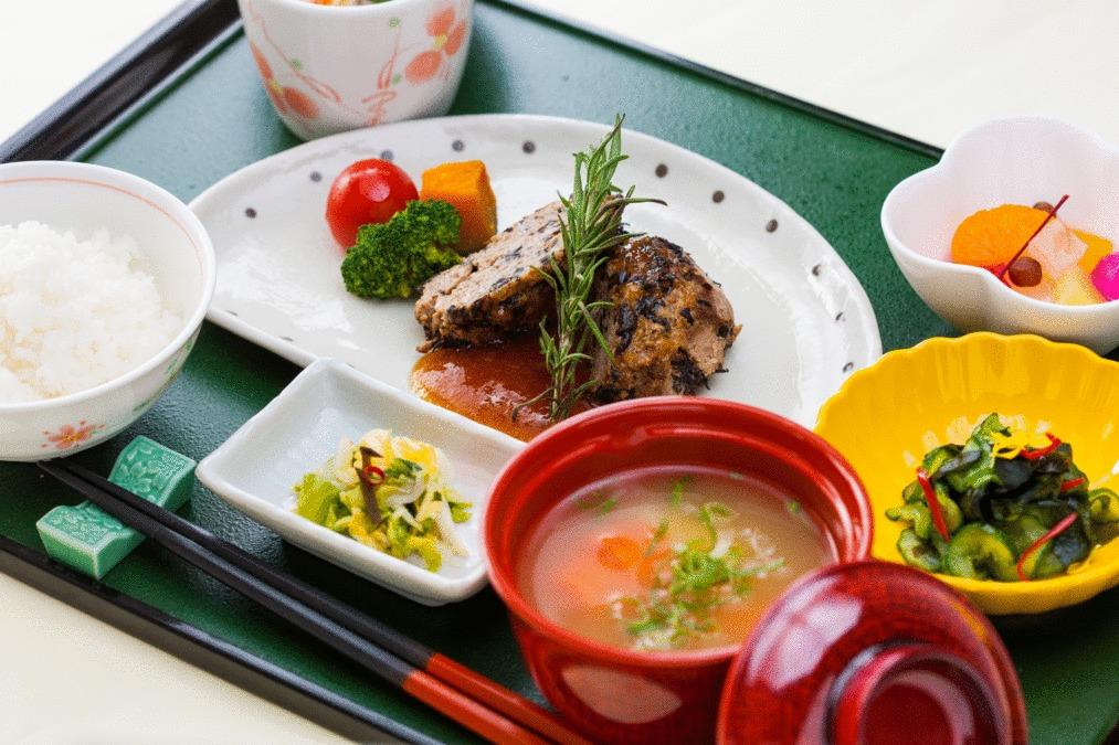 株式会社塩梅 紫香楽病院内の厨房の画像