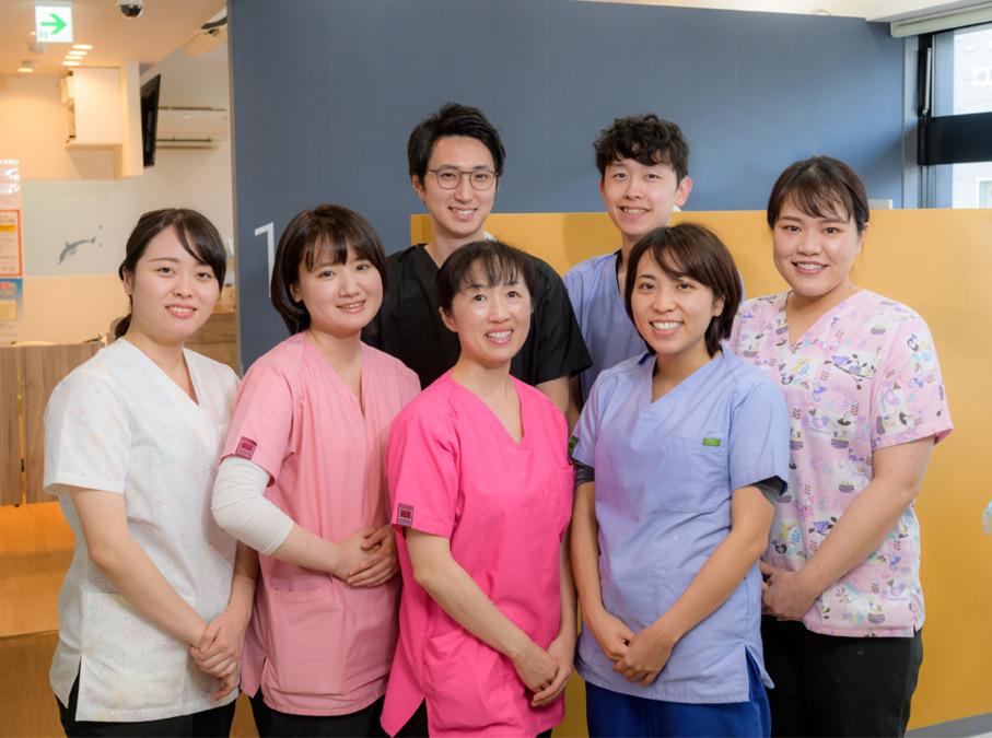 厚別ウエスト歯科(歯科助手の求人)の写真:患者様第一の診療を行っています