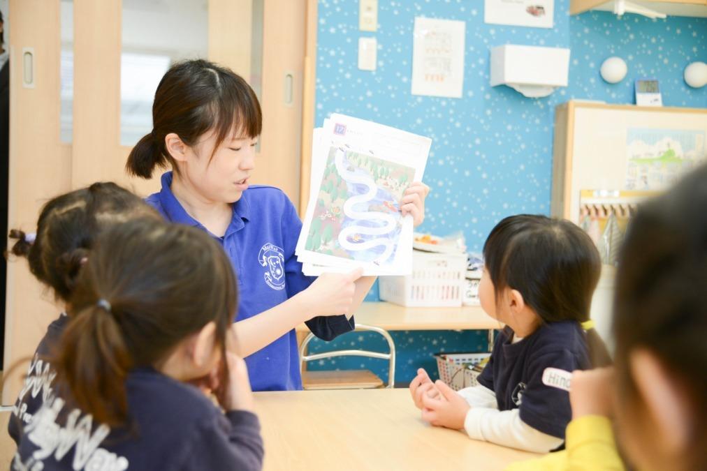 MilkyWay International School Nursery School 市川校(保育士の求人)の写真1枚目:子どもたちが英語を通じて、遊び、考え、学ぶことで、将来の成長を促します!
