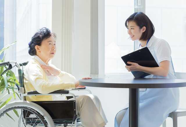 2021年最新版】精神保健福祉士ってどんな資格? 受験資格や就職先は ...