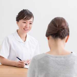 【2021年最新版】臨床心理士の資格・仕事内容・試験難易度・年収・公認心理師との違いなどについて!
