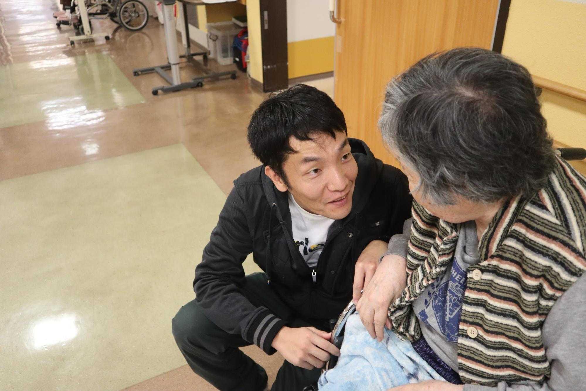 八丈島で働く介護スタッフ:永井さん2