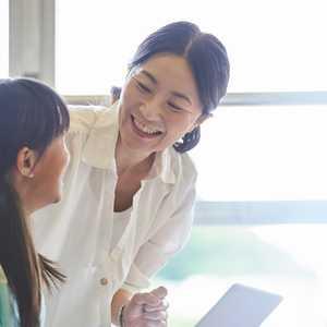【2021年最新版】児童指導員の任用資格の取得方法・なり方・仕事内容・給料を調査しました