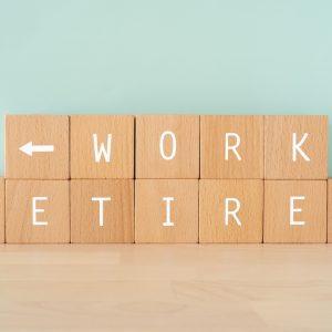 医療介護業界の定年事情、60歳以上でも働ける?