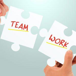 最近よく聞く多職種協働、欠かせない2つのスキルとは?