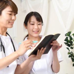 新人看護師の教育を担当する「プリセプター」ってどんな存在?求められる能力や心構えとは