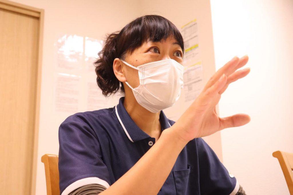 学研ココファン日吉7丁目 サービス提供責任者(サ責) 宮尾さん インタビューの様子